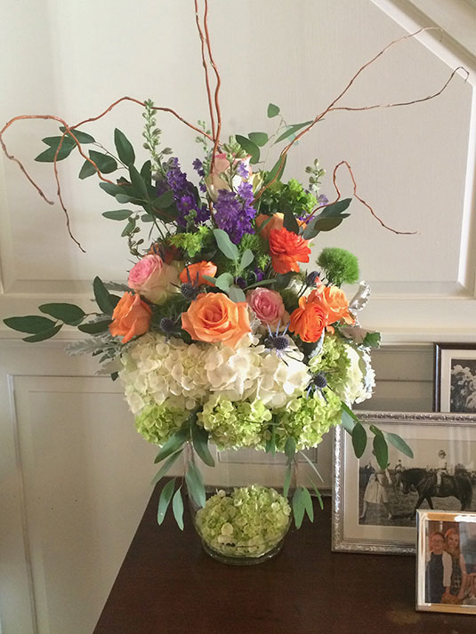 Spring Bright: Private Home, Tish Long Wedding Flowers